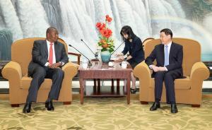 会见中非共和国总统时,应勇市长这样介绍上海,要搞这些合作
