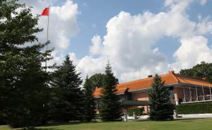 中國駐瑞典大使館發言人就瑞典電視臺辱華節目發表談話