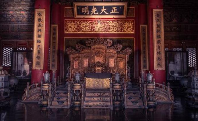 鲁西奇:古代中国为?#20301;?#21457;生君权合法性危机