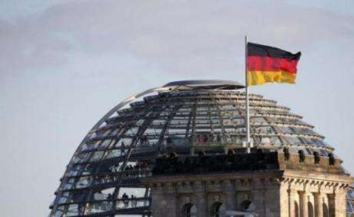 """同观·德国丨默克尔的糟心事:大联盟动摇,接班人有""""反骨"""""""