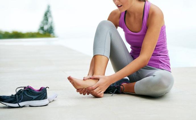 """跑后放松恢复规避伤病风险,这些""""黑科技""""和小技巧能帮到你"""