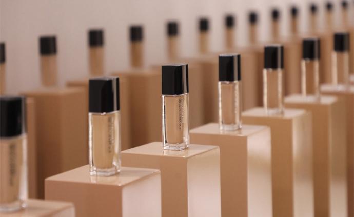 看一场汇集护肤、彩妆及香氛的预览,可能会让你忍不住买买买