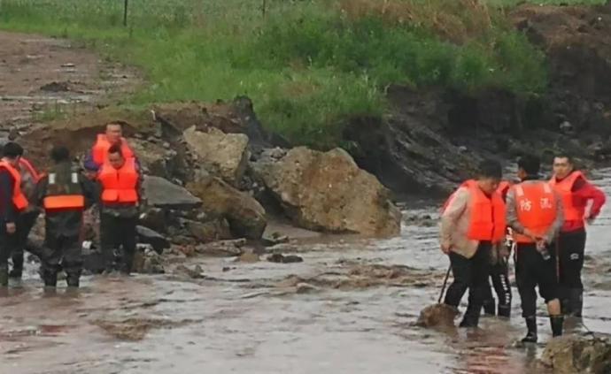 黑龍江一鄉干部防汛巡查時被洪水沖走失蹤,年僅27歲