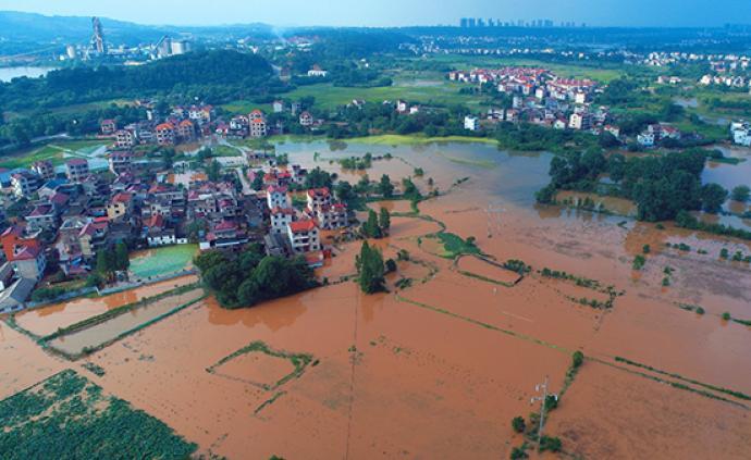 南方遭今年來最強降雨,已致8省61人死亡14人失蹤