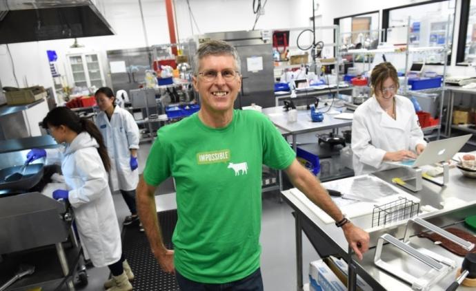 """專訪美國""""不可能食品""""創始人:人造肉的難題是解釋肉的美味"""