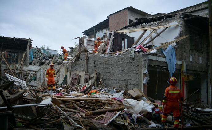 四川长宁震区今夜有明显降雨,需防范次生灾害和雷电