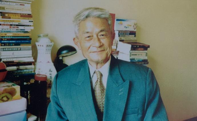紀念徐中玉丨南帆:徐先生信奉文藝必須有益于世道人心