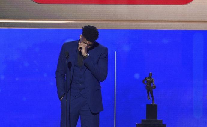 NBA常规赛颁奖典礼成了鸡肋,让人忍不住想吐槽