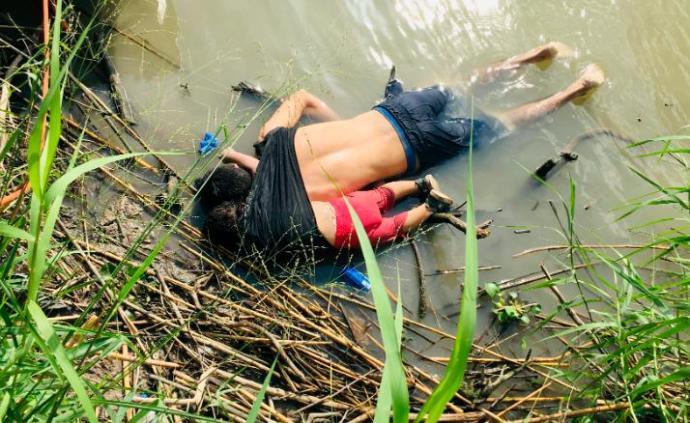 偷渡父女被发现面朝下溺亡在美墨边境:2岁娃还搂着爸爸脖子