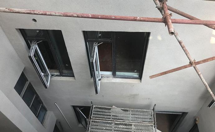 千萬元別墅違建百余平米被舉報數月未拆,南京城管局介入督辦
