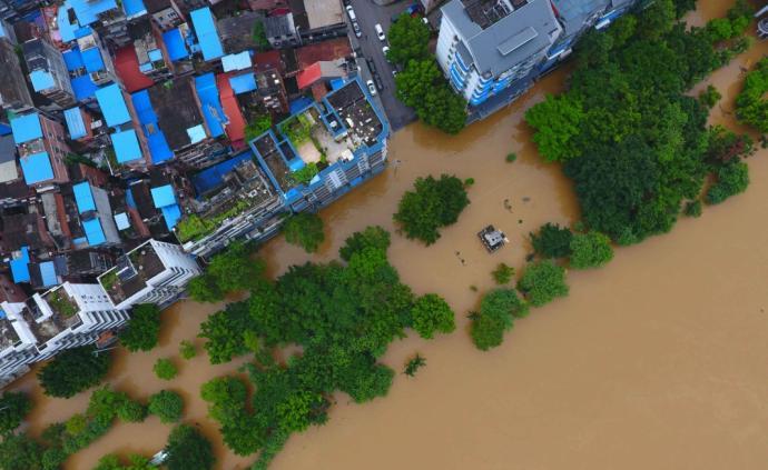 水利?#31185;?#21160;水旱灾害防御Ⅲ级应急响应,加派工作组赴地方指导
