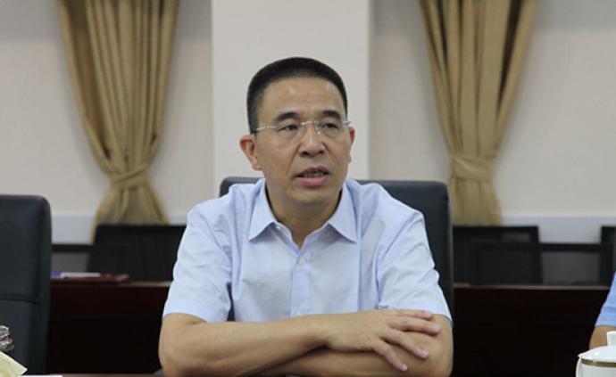 深圳原正處級干部戴海清被批捕,曾因辦公室收禮視頻被舉報