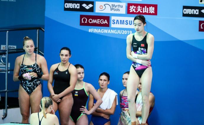 """世锦赛中国跳水队""""小鬼当家"""" ,体重和发育成了女孩天敌"""