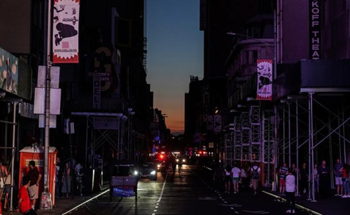 """纽约市长大停电期间""""不在岗"""",遭纽约州州长严厉批评"""