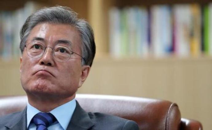 """日本制裁下的韩国政治:文在寅与保守派都面临一把""""双刃剑"""""""