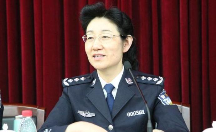 冯延出任公安部政治部副主任,此前担任公安部人事训练?#24535;?#38271;