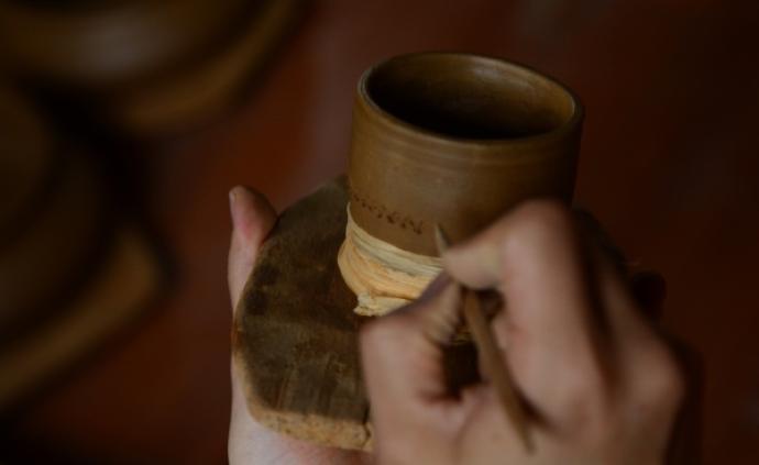 傳承者   尼西黑陶,藏族傳統生活器物的質樸之美