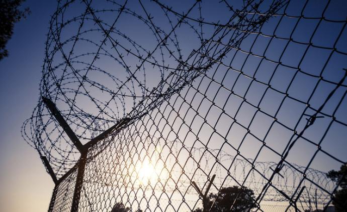 湖南高院发布会:村主任拦路敲诈高铁施工队,被定恶势力判刑