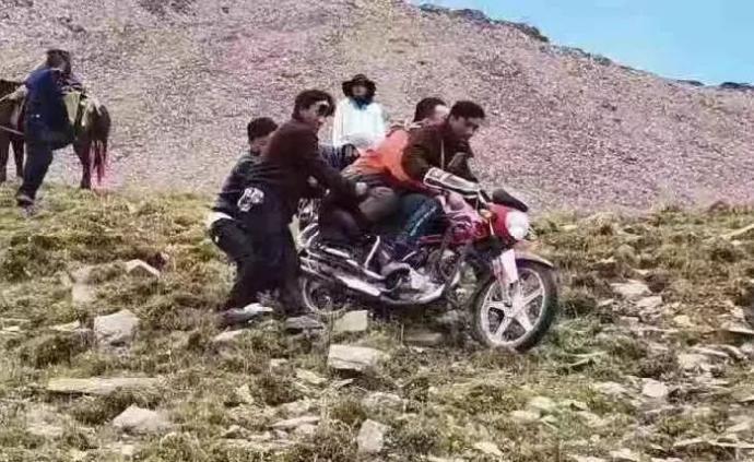 驴友私自穿越贡嘎山疑发高反去世,警方10小时救援未果
