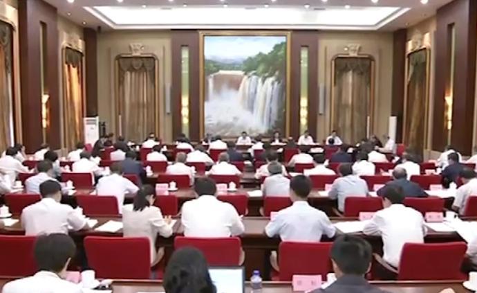 李克強:實施好就業優先政策,保持經濟運行在合理區間