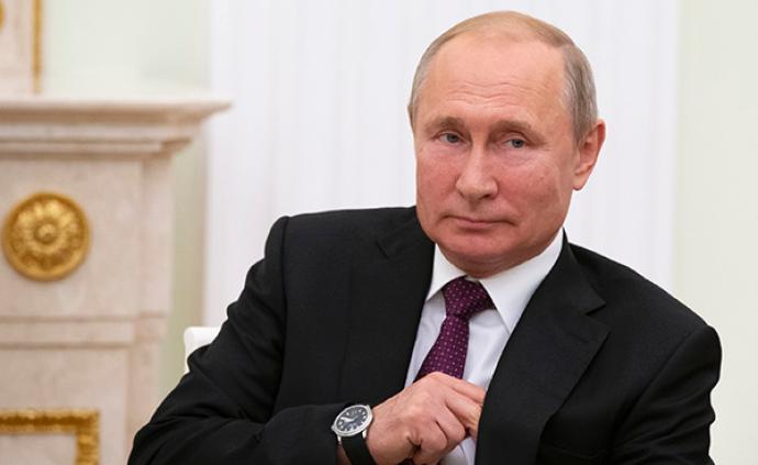 普京就美国退出《中导条约》表态,称俄不愿卷入军备竞赛