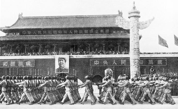 圖憶|14次國慶閱兵回顧,見證人民軍隊現代化步伐