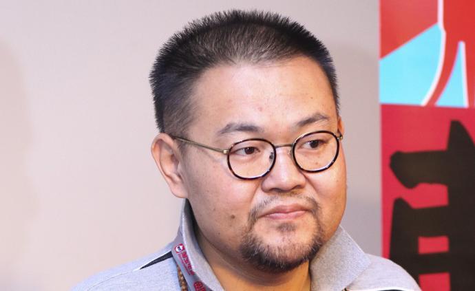 北京人艺导演班赞突发心脏病去世,年仅41岁