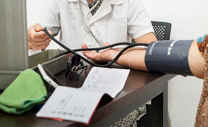 国常会:决定出台城乡居民医保高血压糖尿病门诊用药报销政策
