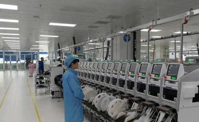 比亚迪长沙工厂华为手机批量下线:预计年内可日产手机8万台