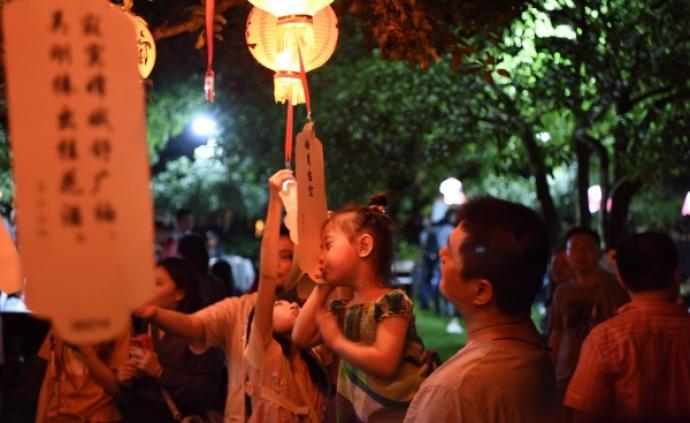 """""""唐韵中秋"""",在沪上古典园林里品中华""""月""""文化"""