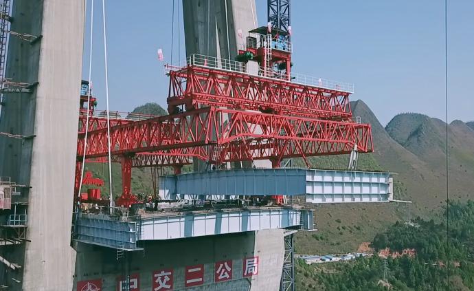 600人奋战3年半:在绝境修了座桥