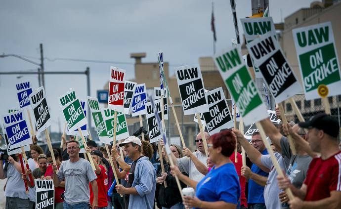 通用汽车全美近5万名工人大罢工,数十家工厂停产