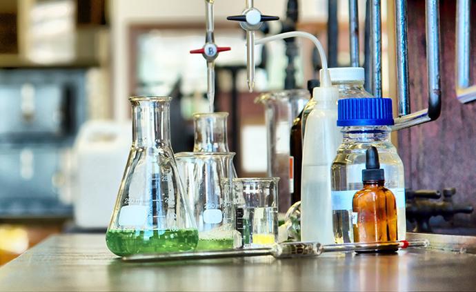北京:化學實驗室教師需持證上崗,購易制爆品禁現金實物交易