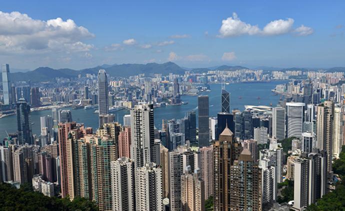 香港旅游業受沖擊:酒店員工放無薪假,大堂經理穿西裝洗碗