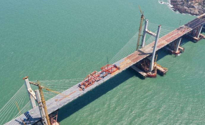 平潭大桥全线合龙贯通,系世界最长、中国首座公铁两用跨海桥