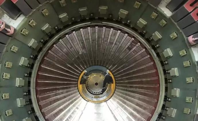"""中核集團""""華龍一號""""海外首堆所有重大設備安裝就位"""