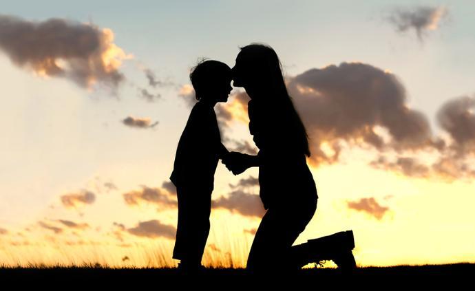 喪偶式育兒②︱替媽媽發聲?還是暗藏話語陷阱?