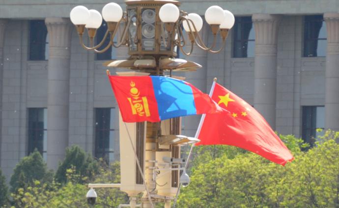 習近平就中蒙建交70周年同蒙古國總統巴特圖勒嘎互致賀電