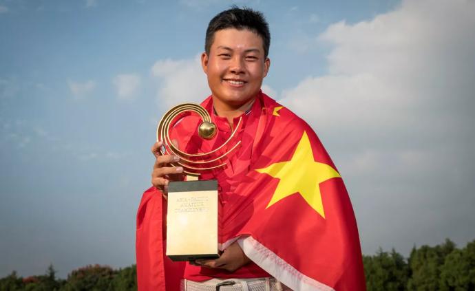 """让""""贵族运动""""重回大众生活,中国高尔夫期待更多的冯珊珊"""