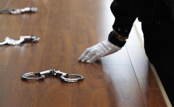 检察机关依法分别对黄湘晴、陈祥荣、何德发决定逮捕