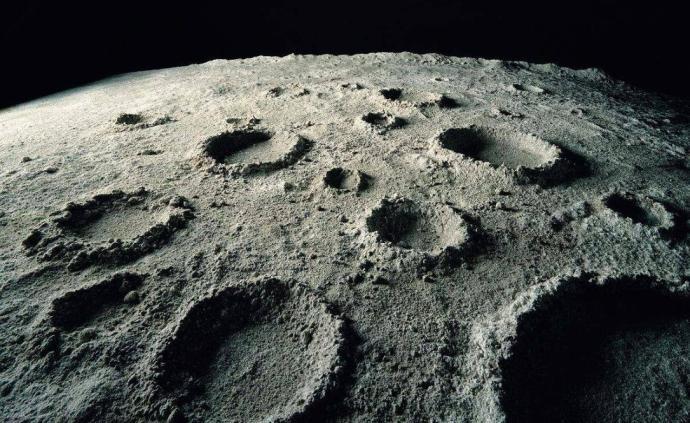 """日本月球车""""瑶姬""""拟于2021年首次登月,由美国发射"""