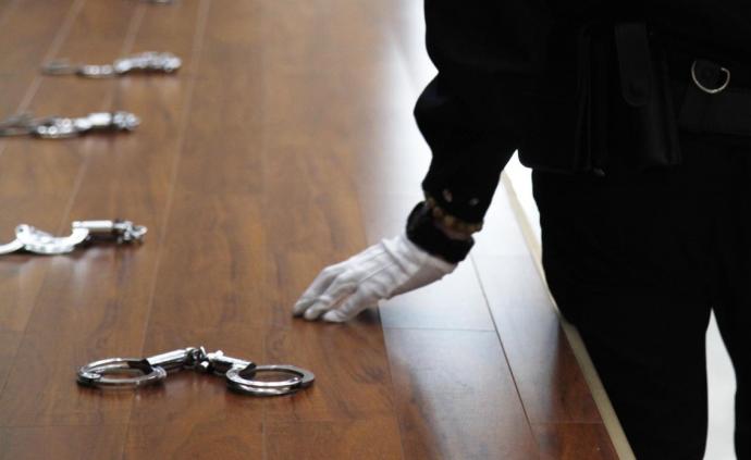 檢察機關依法分別對錢斌、李華松、李洪武、陸邦柱決定逮捕