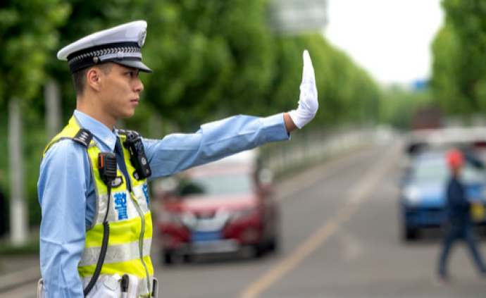 深圳:买分卖分将被暂扣驾照并罚款,11月1日起执行