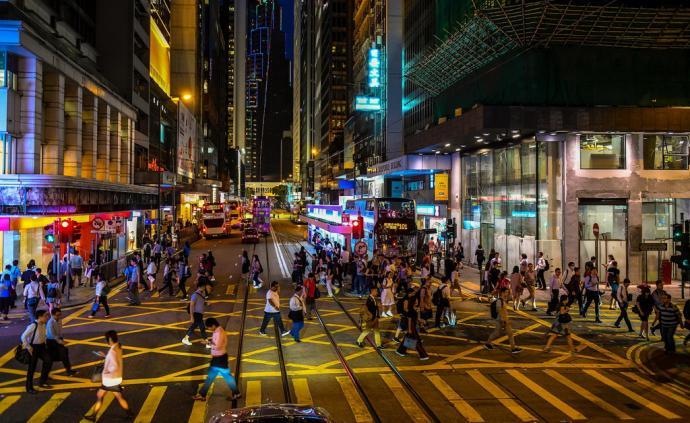 """当香港遇到""""向上流动""""困局"""
