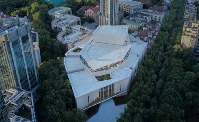 一座隐藏于闹市的古典歌剧院