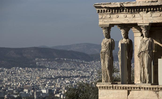 习近平在希腊?#25945;?#21457;表署名文章