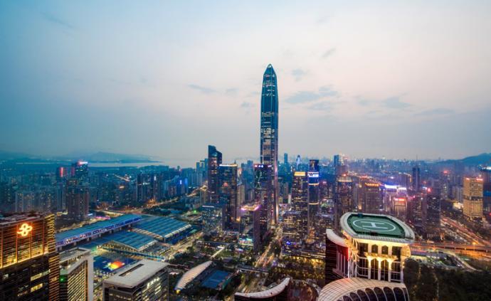 """深圳特区报评""""经济增速6.6%?#20445;?#35201;正心态更要燃状态"""