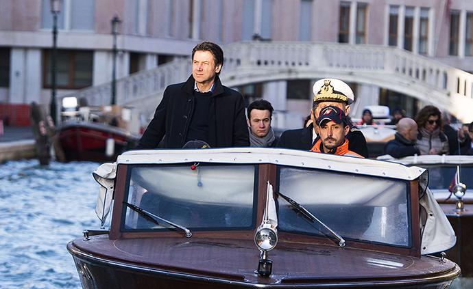 早安·世界|威尼斯遭50年一遇洪災,總理視察受災情況