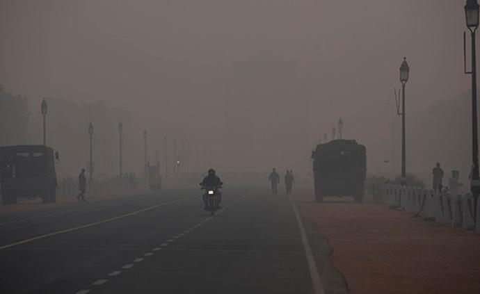 印度新德里機動車限行12天后:空氣仍未好轉,學校再次停課