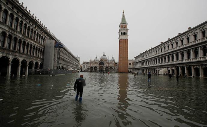 """全球城市观察︱一再延误的防洪工程能让威尼斯免遭""""沉没""""吗"""